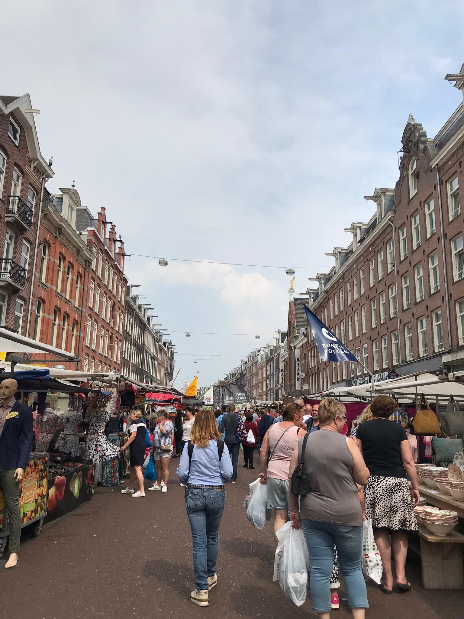 Wanderlustbee.- Amsterdam