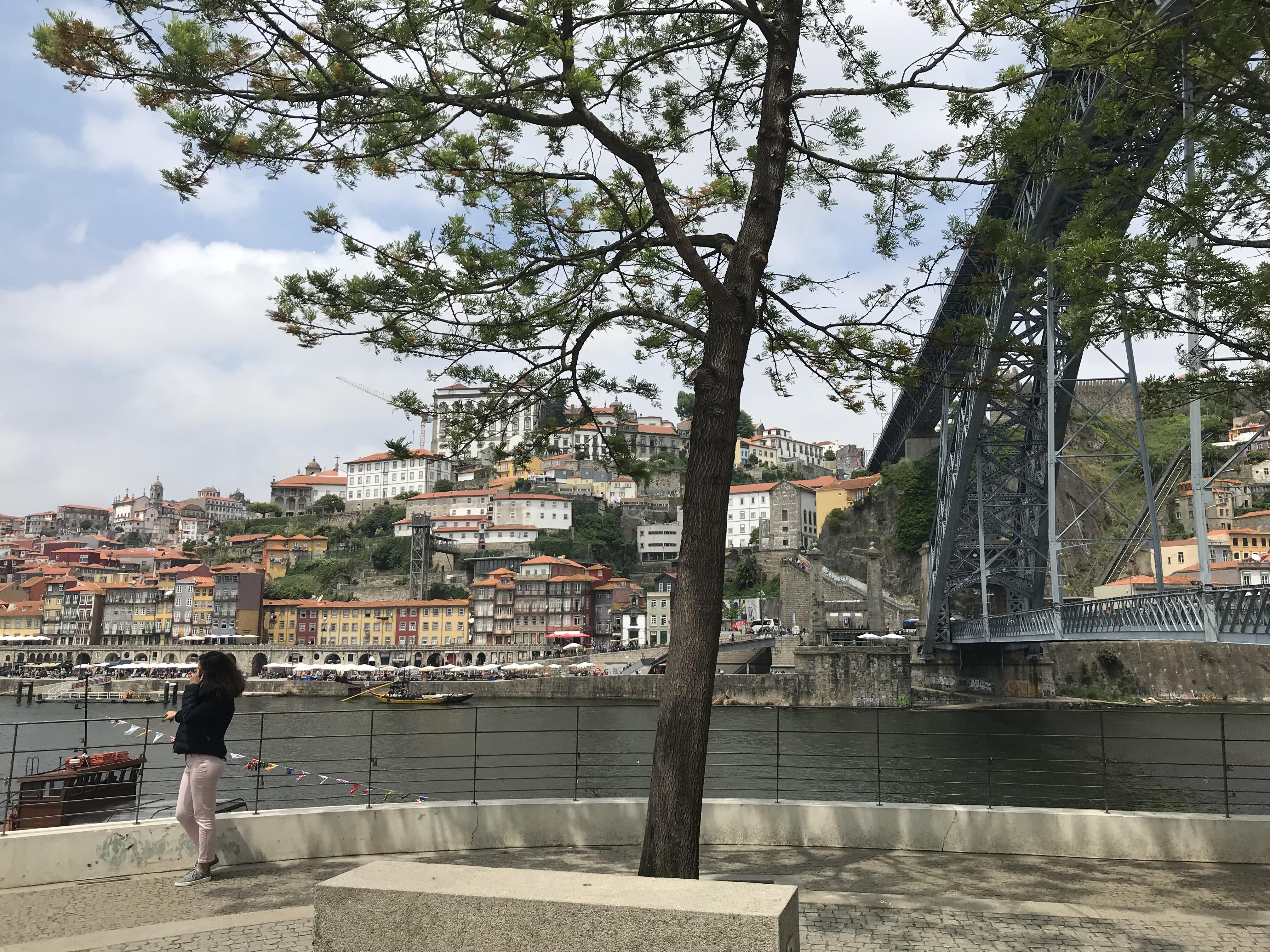 WanderlustBee - Porto, Portugal