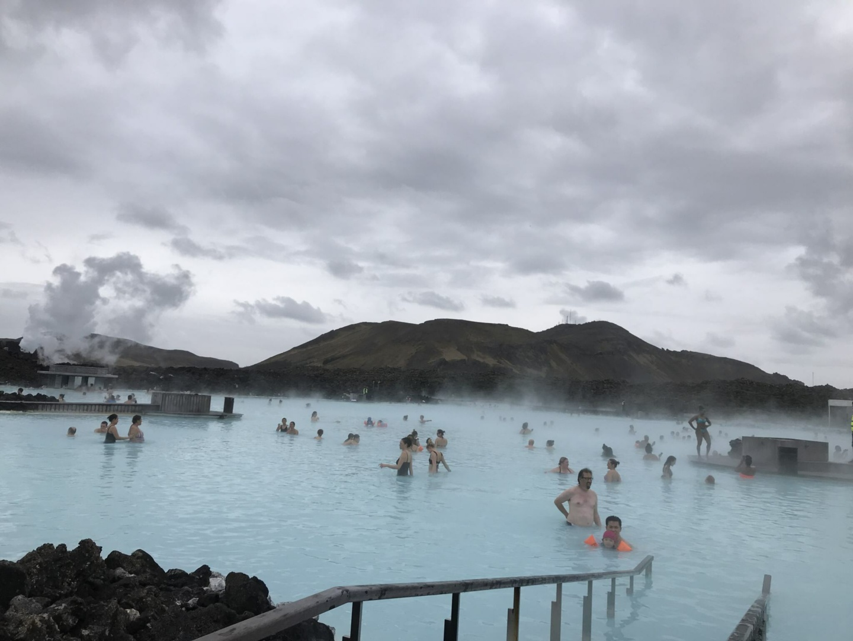 Wanderlustbee - Iceland blue lagoon