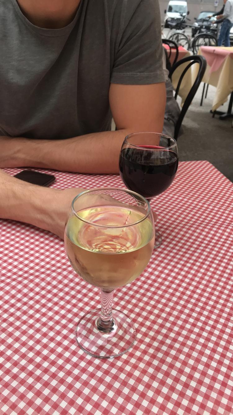 wanderlustbee wine in lucca