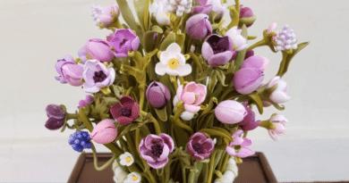 El eseri Çiçek 2/ Handmade Flowers 2