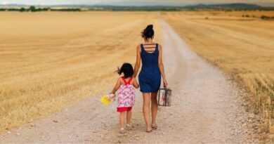 EMİR: KIZ ÇOCUKLARINI HAYAT MÜCADESİNE HAZIRLAYIN /// Order: Make ready your daughter for the struggle for life