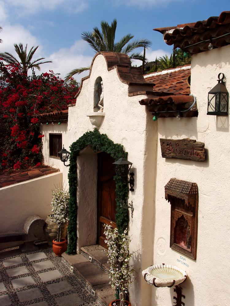 La Ermita, El Monasterio