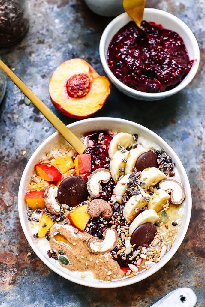 oat and millet flake porridge