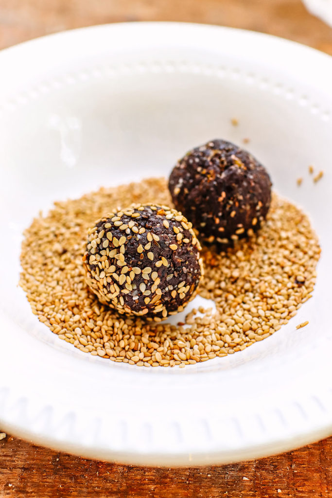 High fibre bliss balls - Chocolate Ginger
