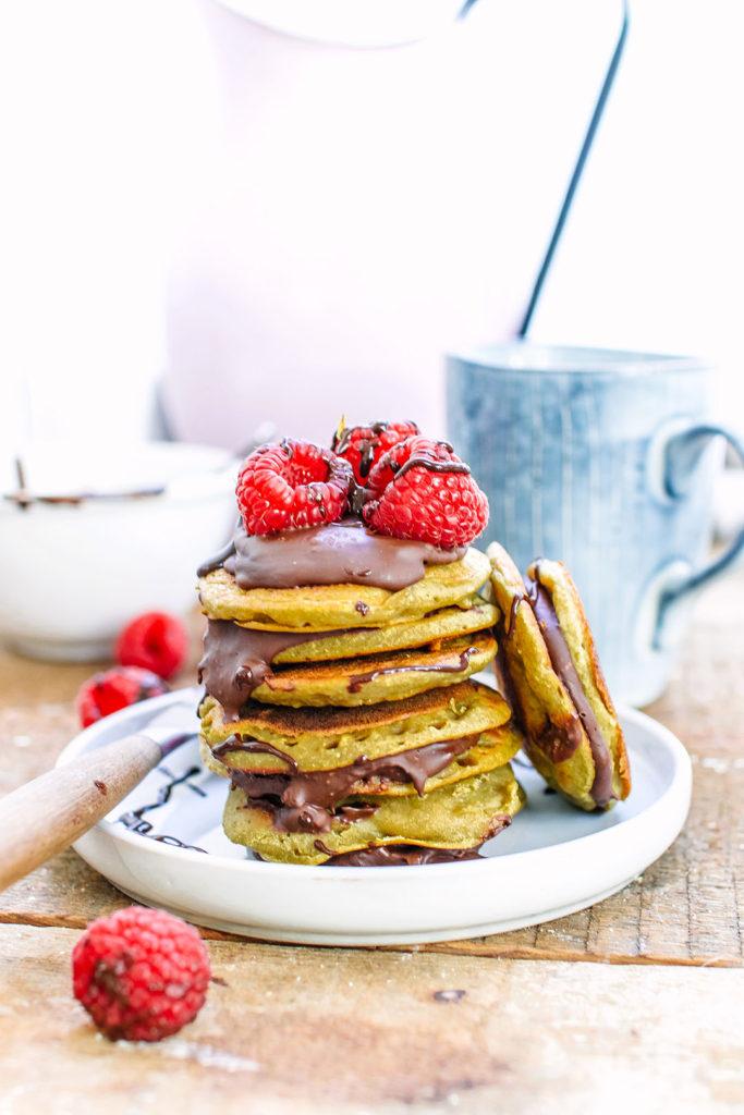 mini oat and banana pancakes sandwiches