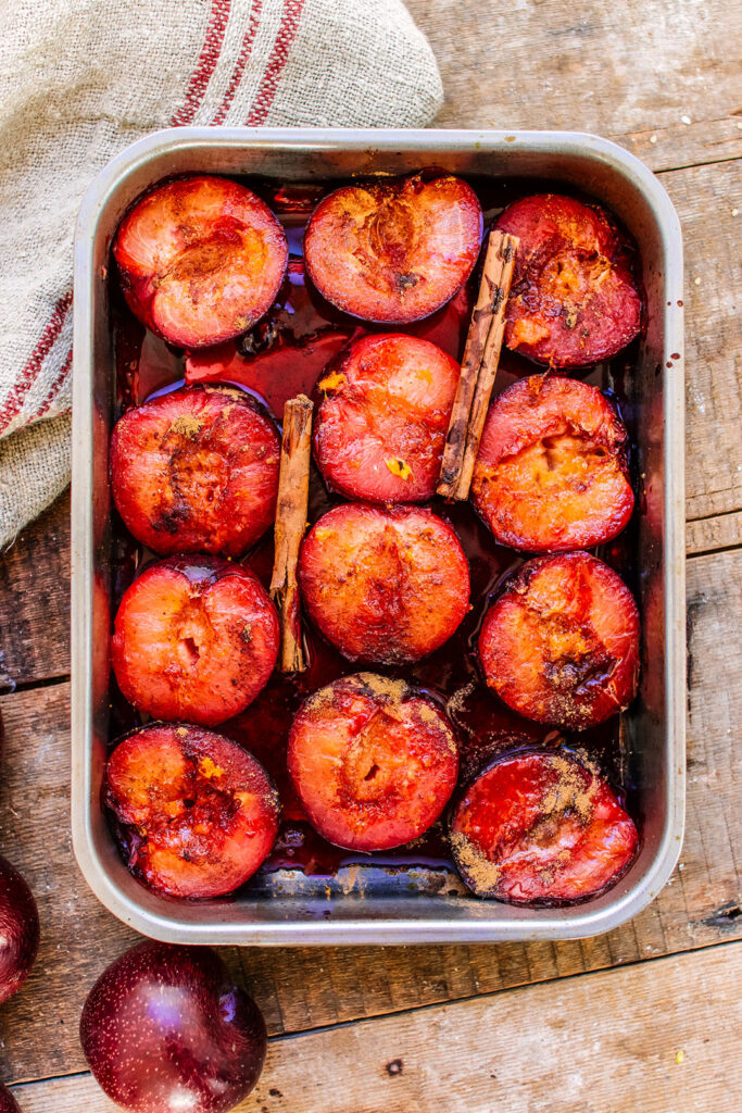 roasted plums with cinnamon and orange