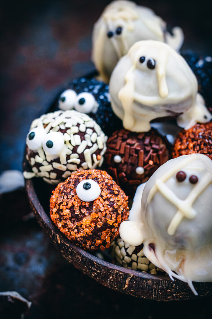 HT halloween spooktacular truffles coconut bowl close up