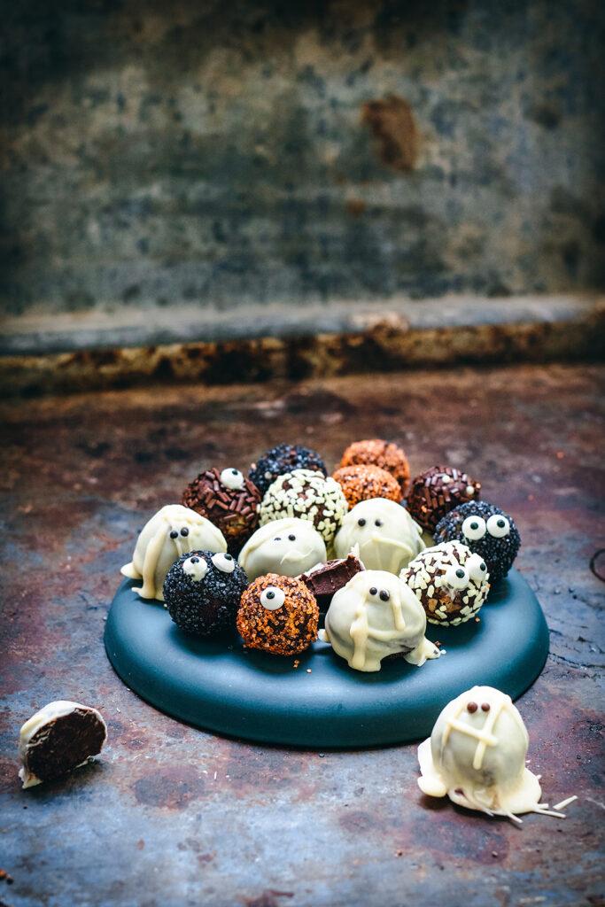 halloween spooktacular truffles 1