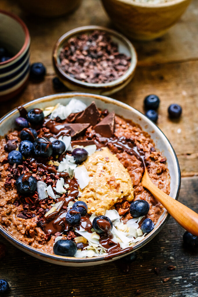 Close up choc and pb porridge