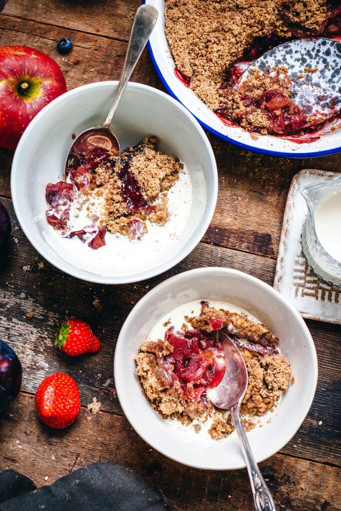 easy-gluten-free-and-vegan-fruit-crumble