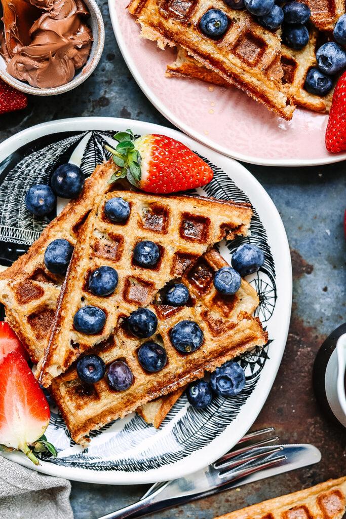 banana-oat-waffles