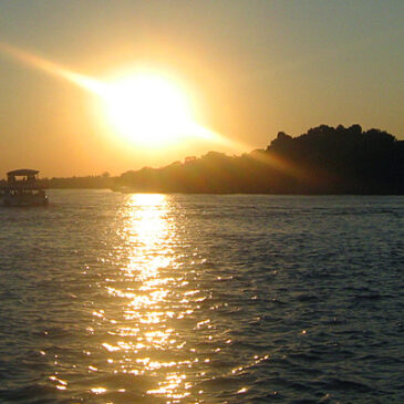 Best Vic Falls activities: 5. Go on a sunset cruise in Victoria Falls