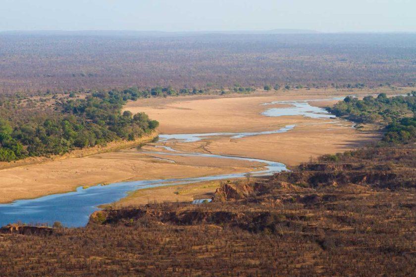 ZIMBABWE-CHILOJO-CLIFFS-GONAREZHOU-AFRICA.jpg