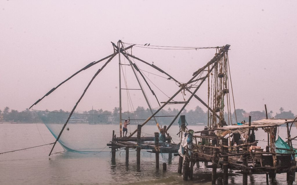 Chinese fishing nets - Places to visit in Fort Kochi and Mattancherry