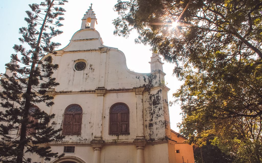 St Francis Church - Places to visit in Fort Kochi and Mattancherry