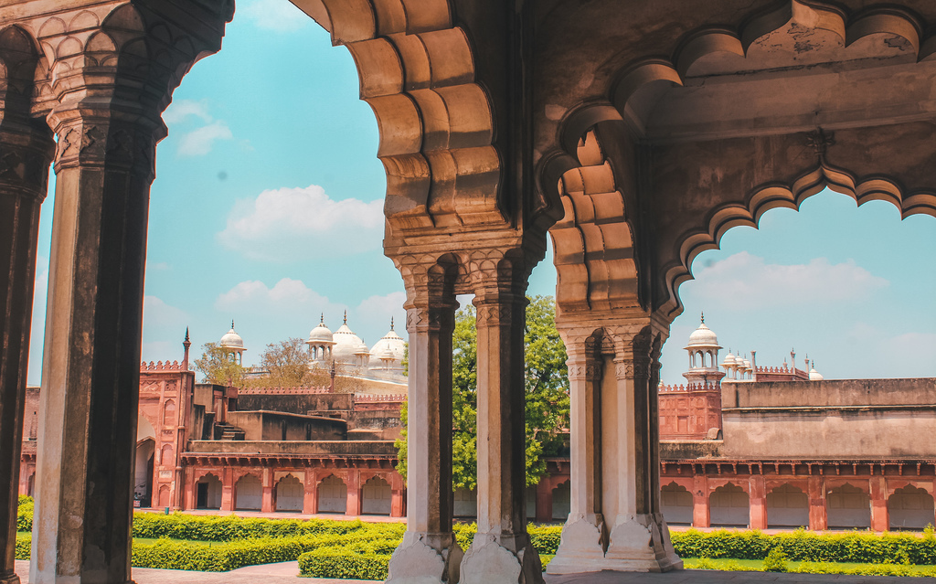Agra fort - Agra travel guide, places to visit in Agra in 2 days