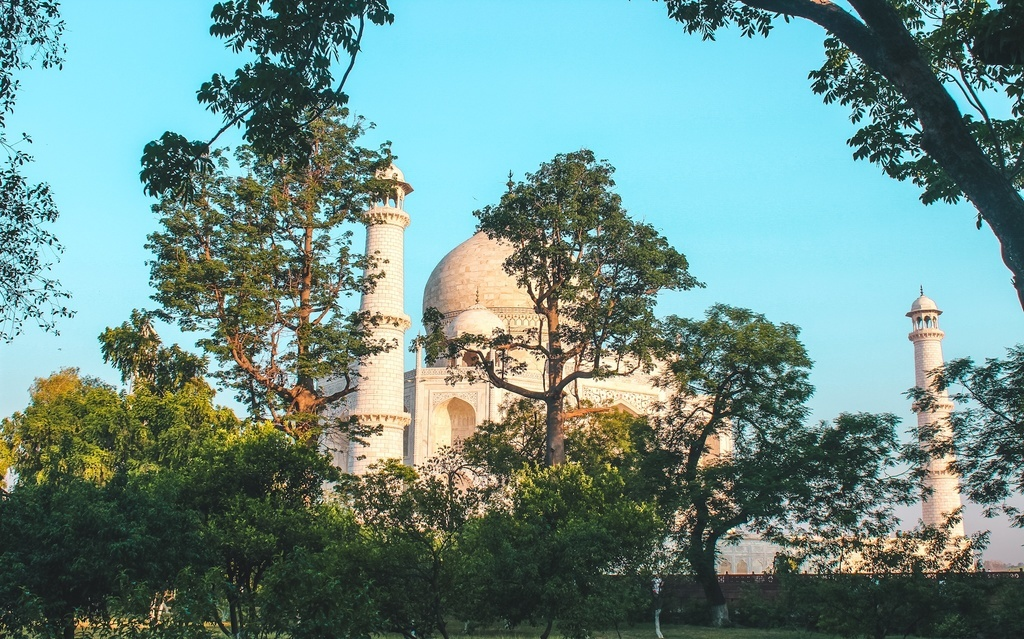 Best time to visit Taj Mahal and Agra travel guide