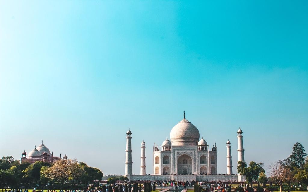 Taj Mahal visit tips and Agra travel guide
