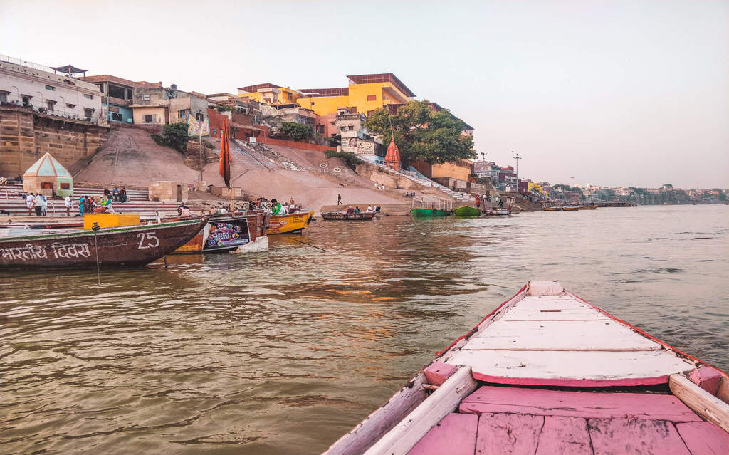 Boating in the Varanasi Ghats Places to Visit in Varanasi in 2 Days - 2 Day Varanasi Itinerary