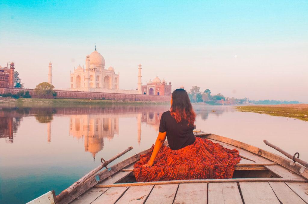 New Delhi Travel Guide - Day trip to Taj Mahal, Agra from New Delhi