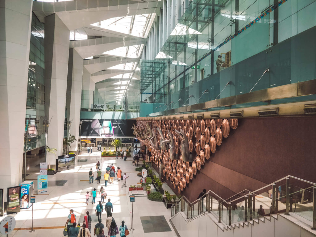 New Delhi Travel Guide - How to reach Delhi via Delhi international airport
