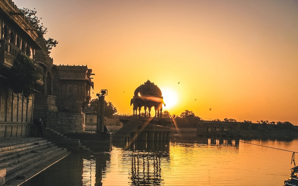 Gadisar lake on day 2 of your Jaisalmer itinerary