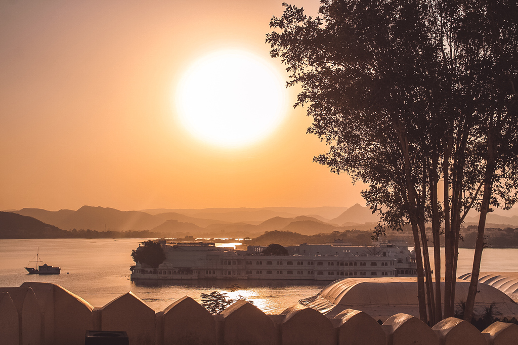 Lake Pichola in Places to visit in Udaipur in 2 days