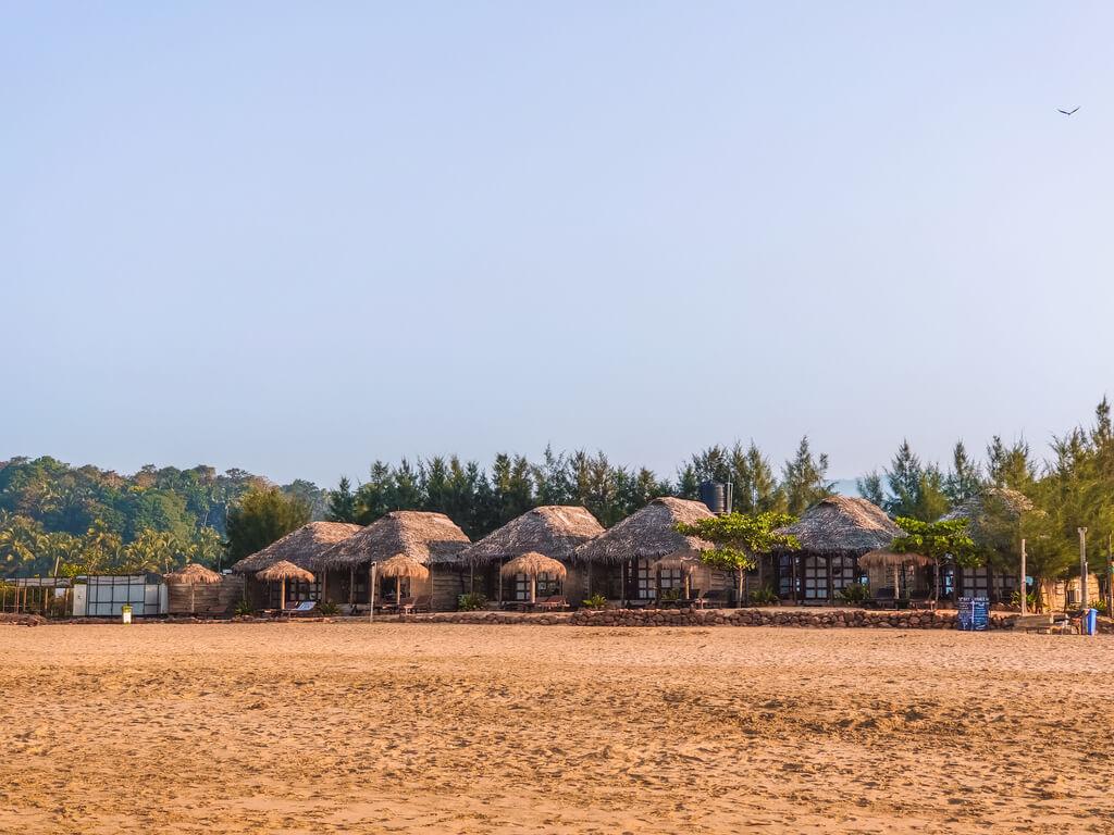 agonda-beach-huts