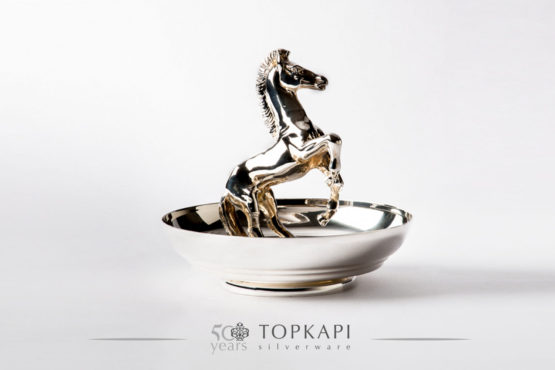 The standing horse silver plated bowl