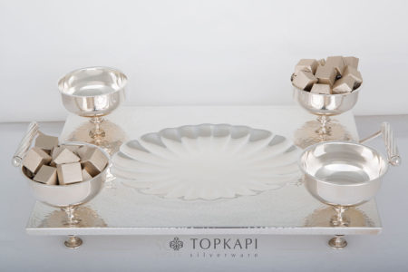 Rectangular tray 'shell' design with 4 sweets bowls