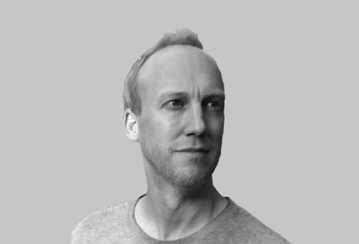 Black and white photo of Andy Simpson-Pirie, CTO Cyberfort Group