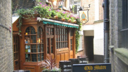 Pub Ye Olde Mitre em Londres