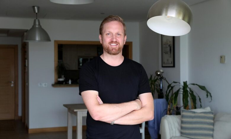 Arran Summerhill Co Founder at Holo