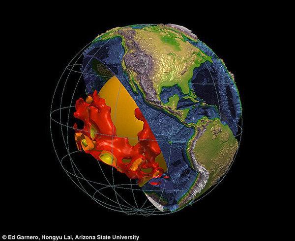 2 strutture gigantesche a macchie sotto la superficie della Terra