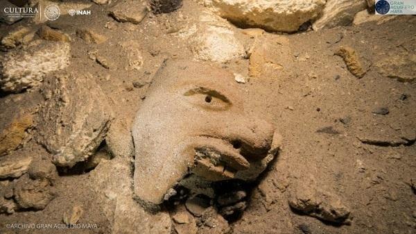 ritrovamenti manufatti maya 2