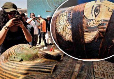 Sarcofagi intatti di oltre 2.500 anni aperti in Egitto