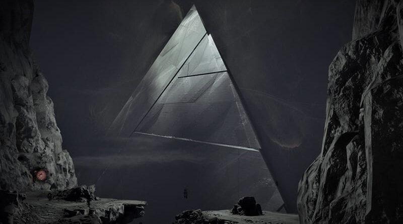 Immagini NASA mostrano chiaramente una piramide sulla Luna