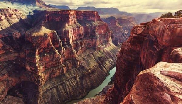 città sotterranea di giganti Grand Canyon