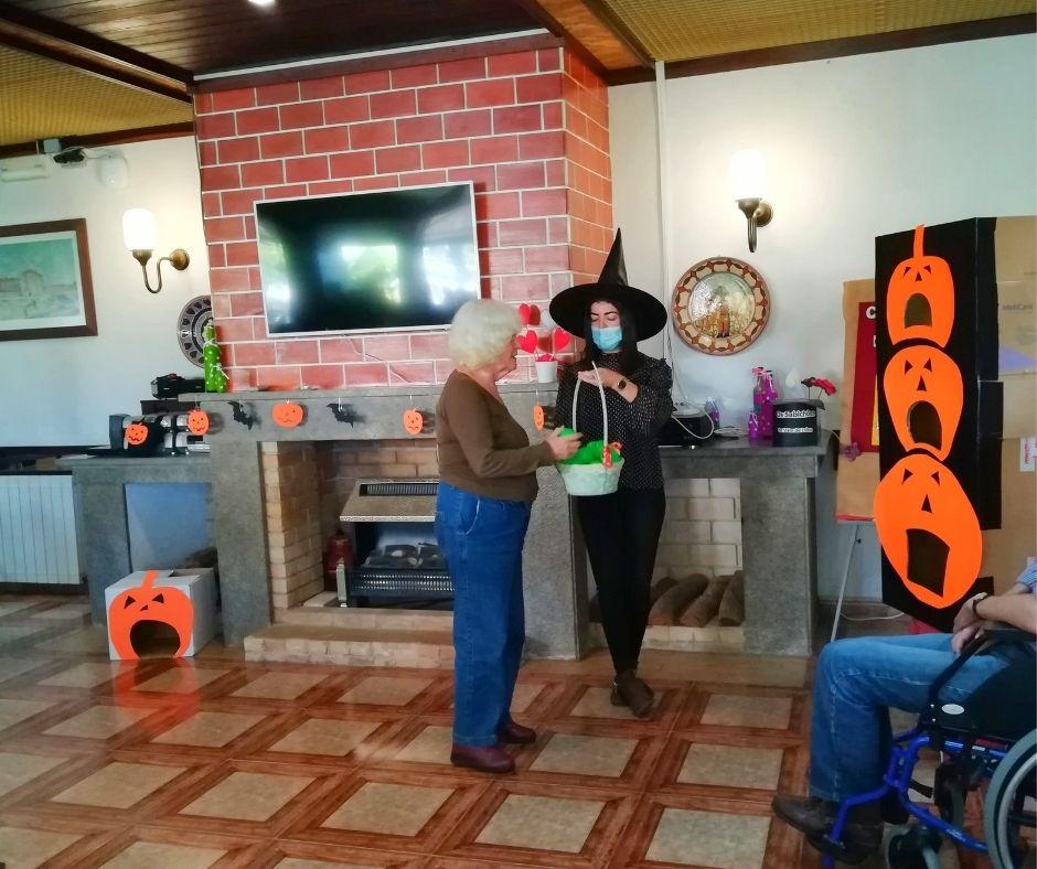 Halloween na Casa de Repouso Vale de Lobos
