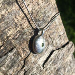 peridot pebble Chilli Designs