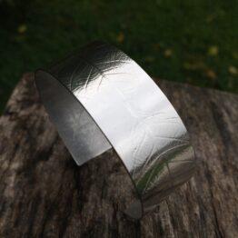 Chilli Designs leaf cuff