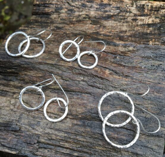 Chilli Designs hammered drop earrings