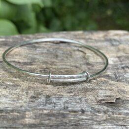 Chilli Designs hammered adjustable bangle