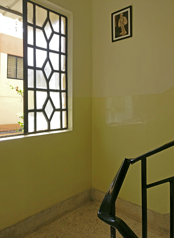 The light sits beautifully on our stairway landing, no matter what time of day it is