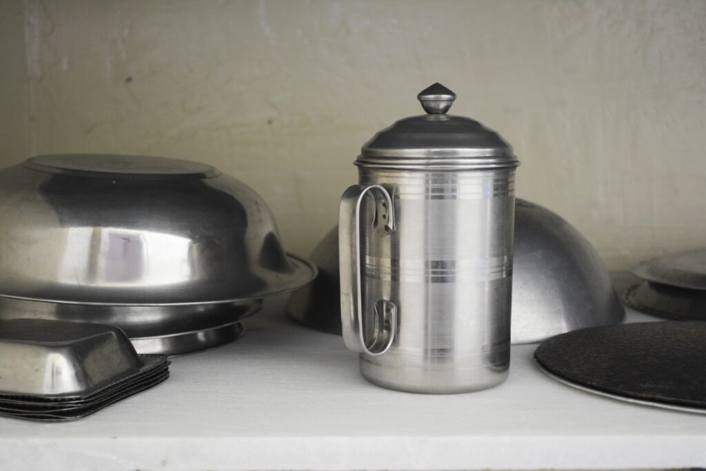 The kitchen is equipped with the basics for a cup of tea or coffee, a piece of toast