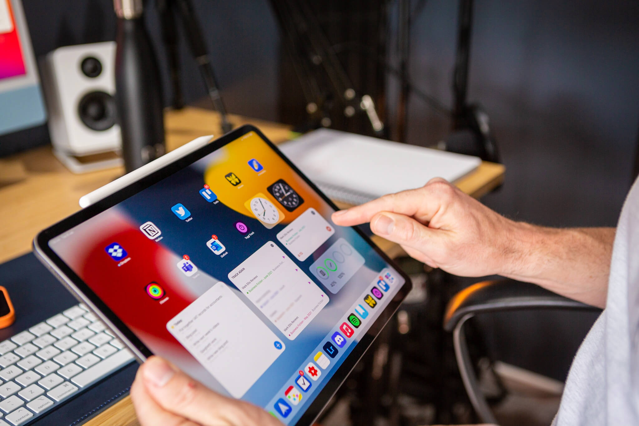 5 Widgets That Have Made iPadOS 15 an Essential Work Tool