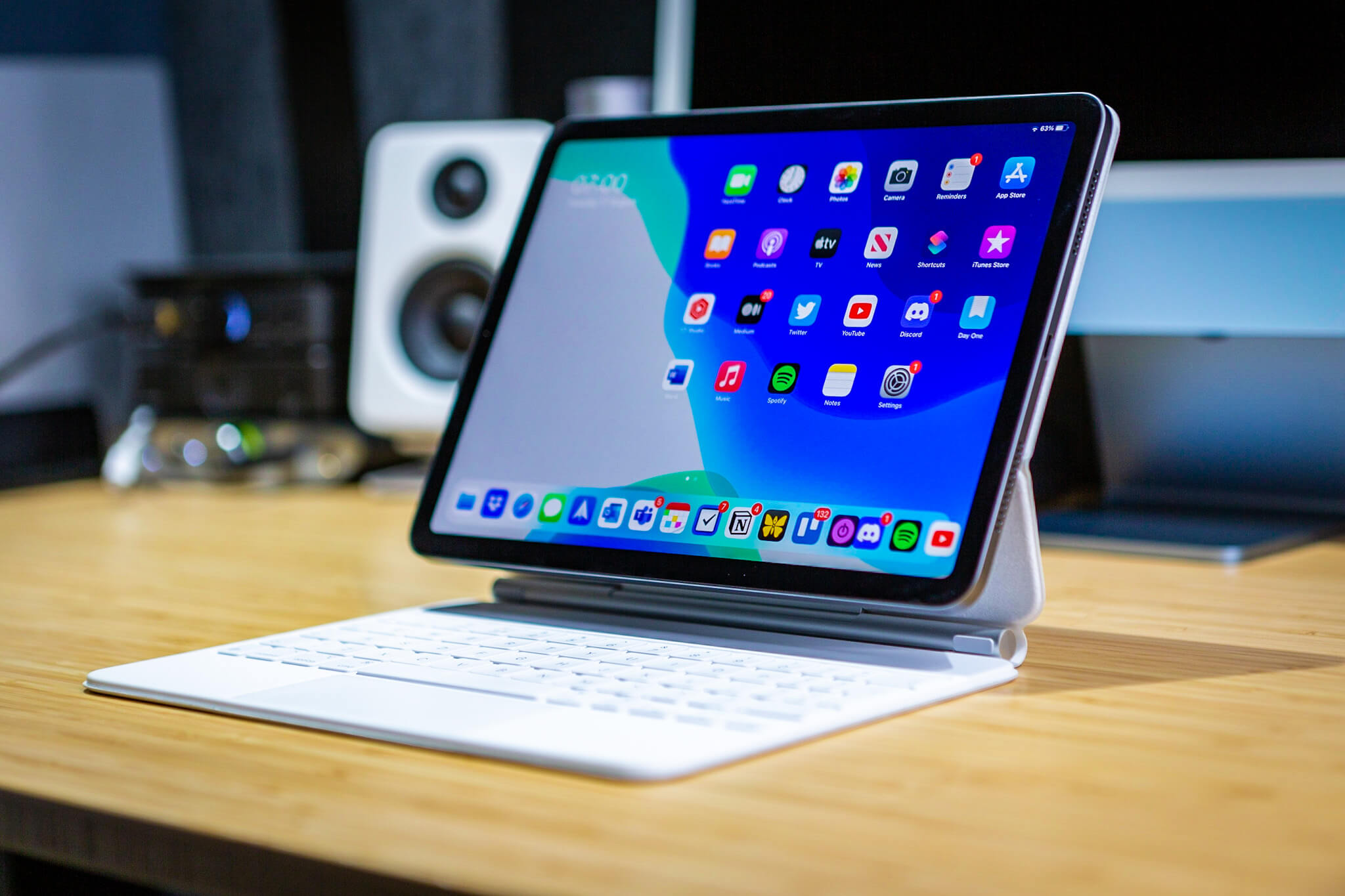 """Is This Apple's Best Ever Accessory? 11"""" Magic Keyboard review for iPad"""