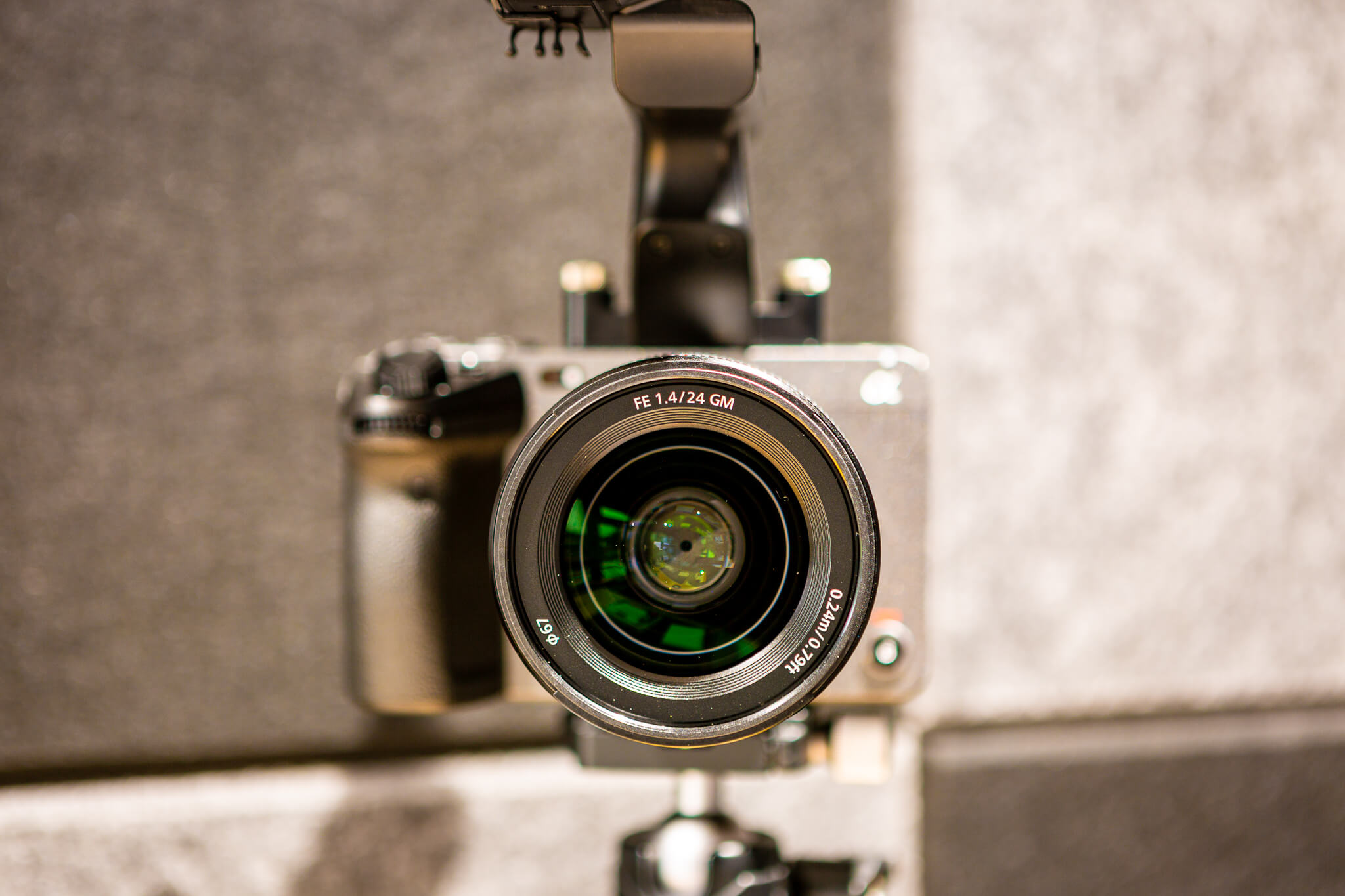 Manually Focus a Vlog