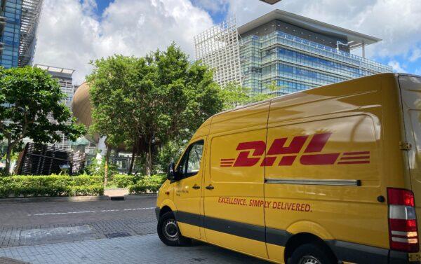 dhl parcel truck